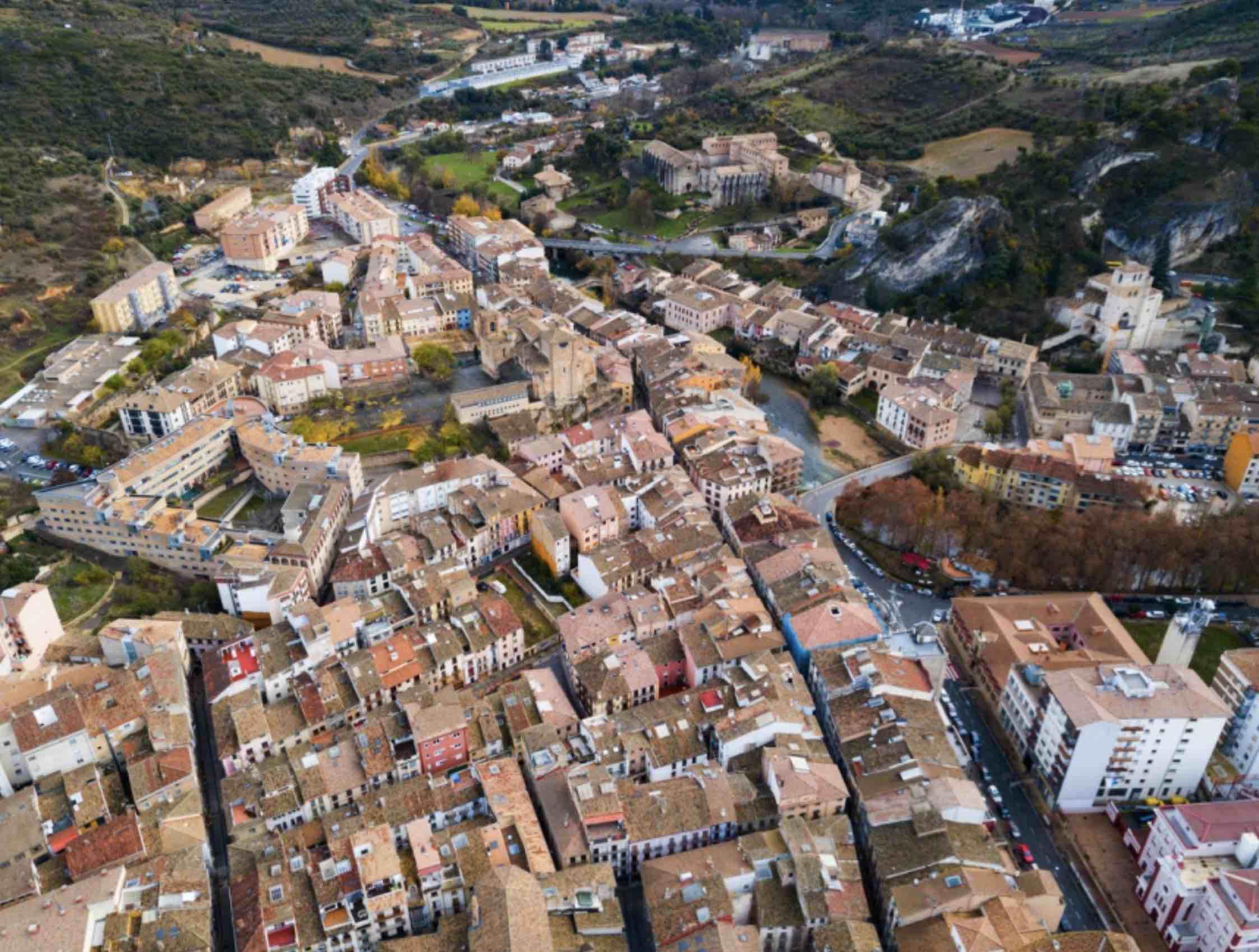 ¿Cuánto debo pagar al comprar una vivienda en Navarra?