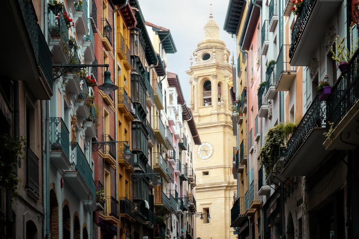 Cuánto cuesta comprar una vivienda en Pamplona
